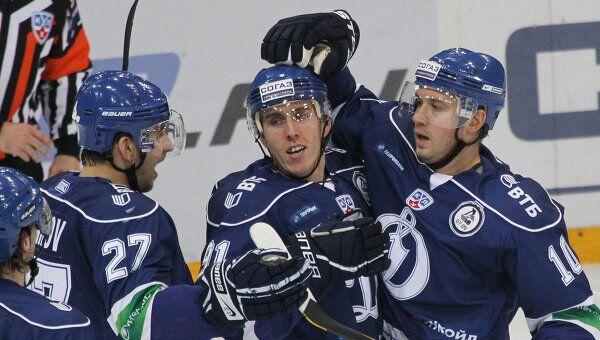 Хоккеисты Динамо