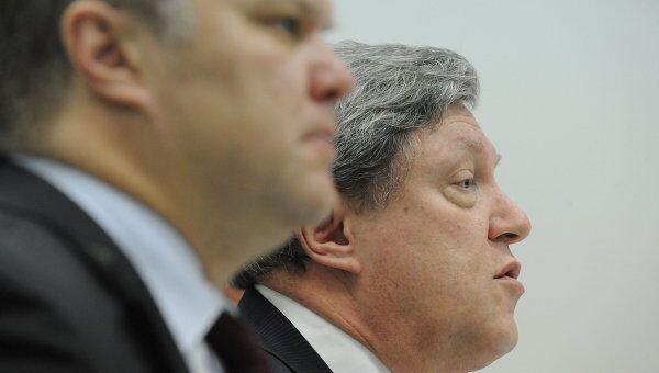 Председатель партии Яблоко Сергей Митрохин и лидер партии Яблоко Григорий Явлинский