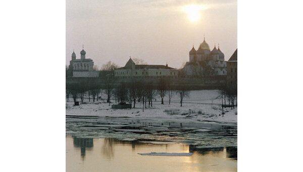 Вид на Новгородский кремль