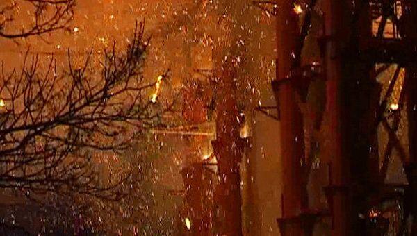 Искры от горящего во Владивостоке моста сыпались с 50-метровой высоты