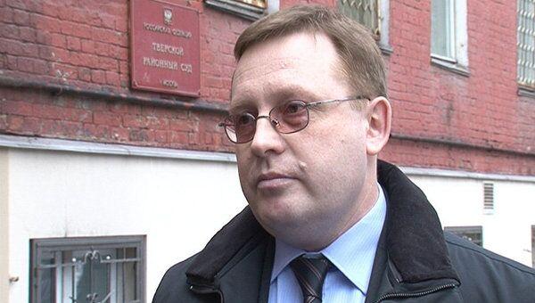 Экс-главу Микрохирургии глаза уволили незаконно - представитель Тахчиди