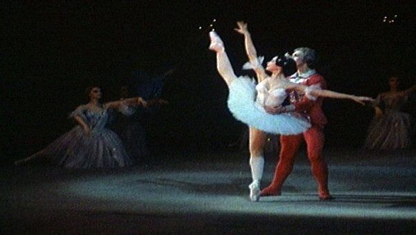 Фрагмент балета Щелкунчик в постановке Юрия Григоровича. Архивные кадры