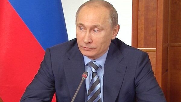 Путин предложил обсудить в интернете прозрачность выборов в России