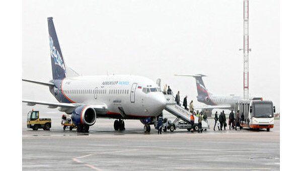 Похищенный в Мексике пассажирский самолет приземлился в Мехико