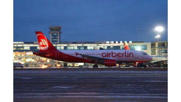 Пассажирский аэробус А-320 авиакомпании Air Berlin. Архив