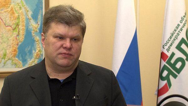 Представители оппозиции по-разному ответили на предложение ЕР о дебатах
