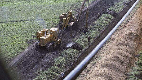 Строительство газопровода Уренгой-Помары-Ужгород. Архивное фото