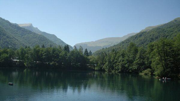 Озеро в Кабардино-Балкарии.