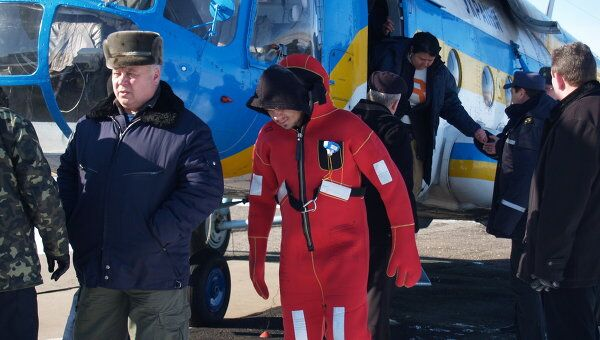 Эвакуация экипажа сухогруза Иван Викулов
