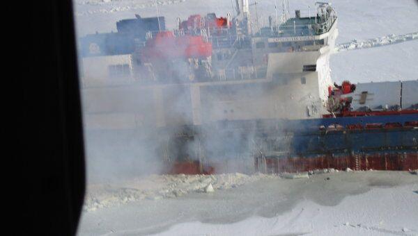 Пожар на сухогрузе Иван Викулов