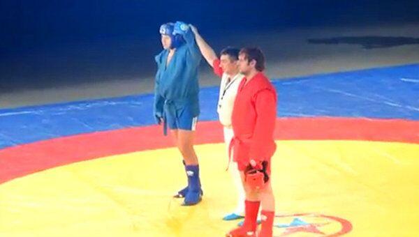 Федор Емельяненко победил брата на ЧР за 7 секунд. Видео очевидца