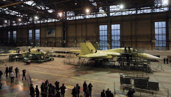 Строительство самолета. Архивное фото