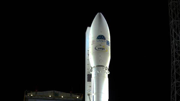 Новейшая европейская разработка ракета-носитель Vega (Вега). Архив