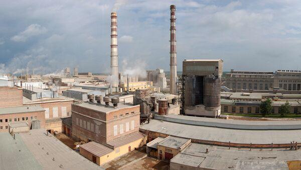 Панорама пикалевского производственного комплекса. Архивное фото