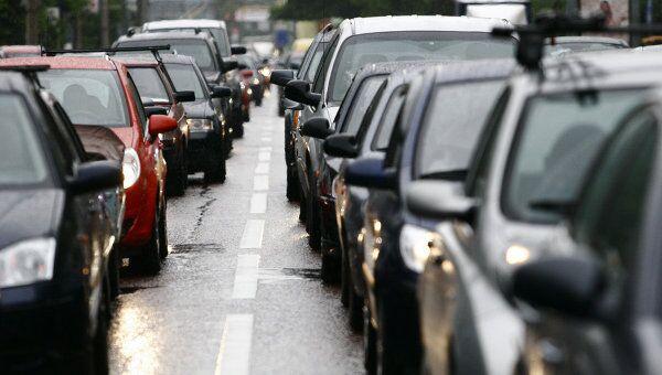 Автомобили остаются главным источником загрязнения городов России