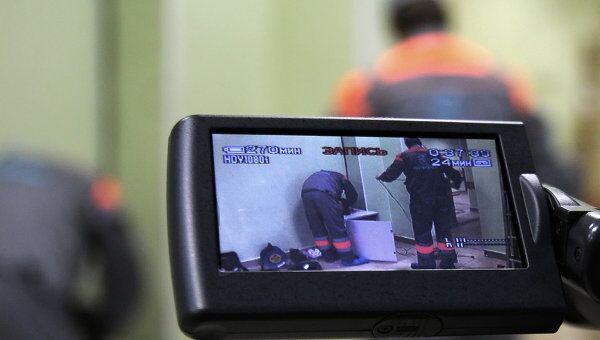 Установка камер на избирательном участке в Петербурге