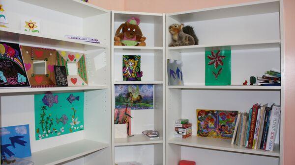 Шкафчик в детской комнате коррекционной школе-интернате