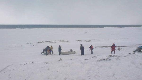 Спасение рыбаков с оторвавшейся льдины на Сахалине