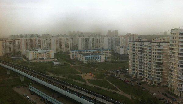 Зеленое небо над Москвой