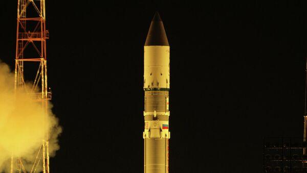 Запуск ракеты Протон-М со спутником Нимик-6