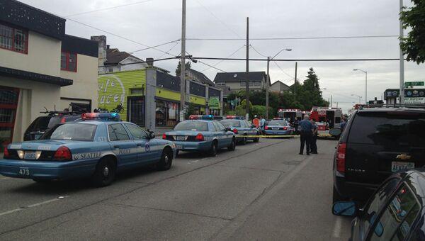 Неизвестный открыл стрельбу в кофейне Сиэтла в США, два человека убиты