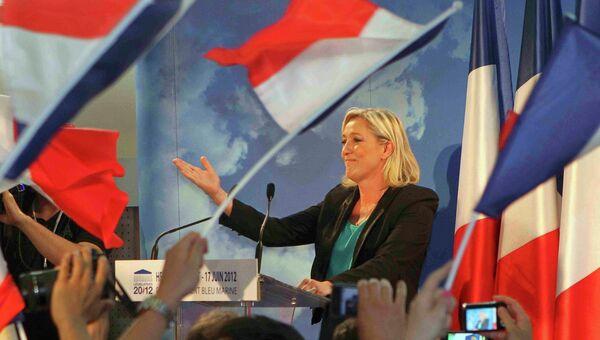 Внучка создателя Нацфронта Ле Пена избрана в парламент Франции