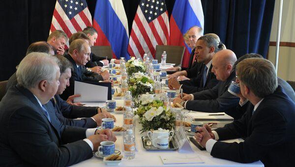 Президент РФ Владимир Путин встретился с президентом США Бараком Обамой в Лос-Кабосе