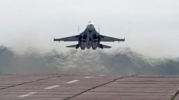 Истребитель СУ-27. Архив