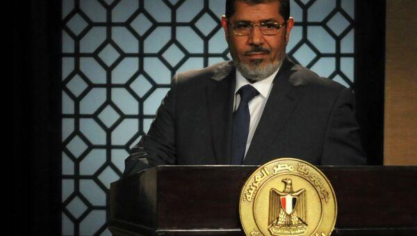Мухаммед Мурси во время своего первого телевизионного обращения к египтянам
