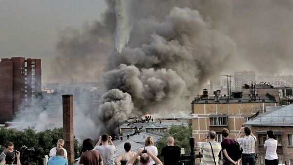 Пожар в ангаре на севере Москвы локализован