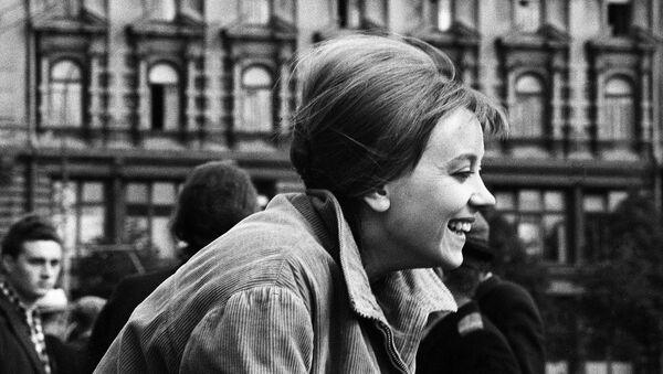 Актриса Маргарита Терехова на съёмках фильма Здравствуй, это я!