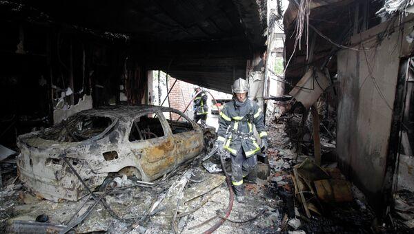 Последствия беспорядков в городе Амьен на севере Франции