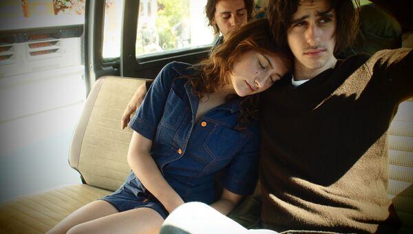 Кадр из фильма Что-то в воздухе (Apres mai), режиссер Оливье Ассайас