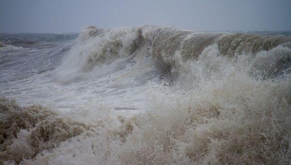 Бухта Тихая в тайфун Болавен