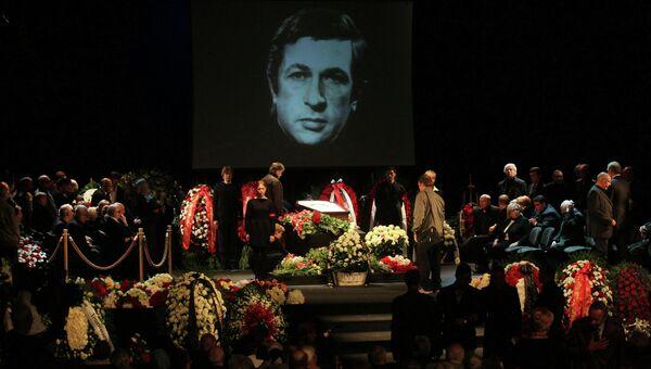 Прощание с актером Игорем Квашой