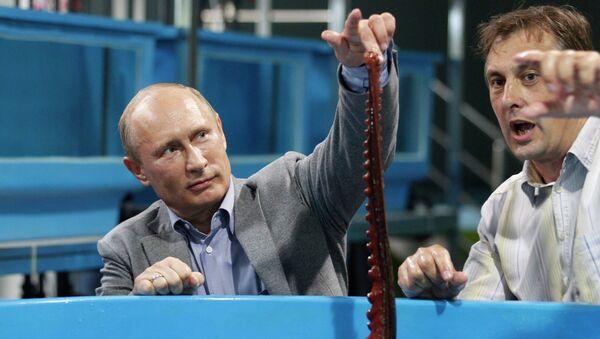 Владимир Путин и осьминог