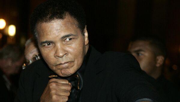 Боксер Мохаммед Али. Архивное фото