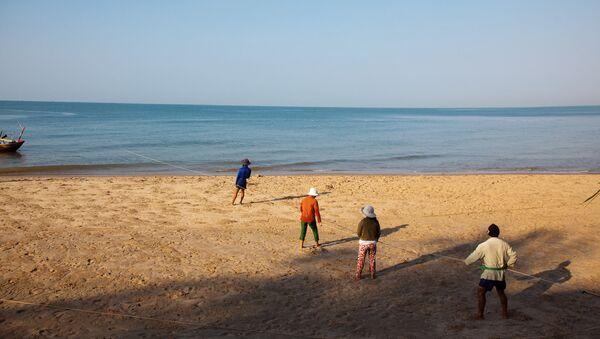 На берегу моря во Вьетнаме. Архив