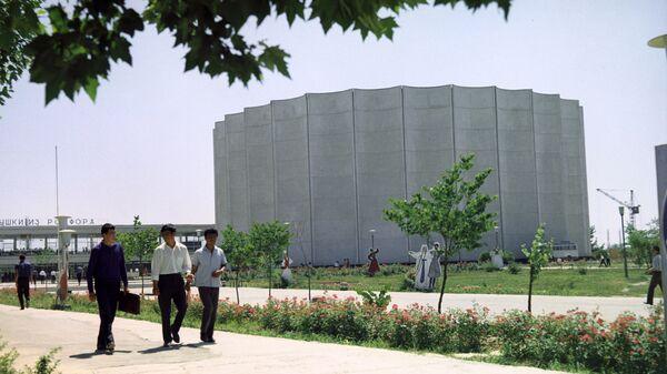 Вид на Дворец искусств в Ташкенте. Архивное фото