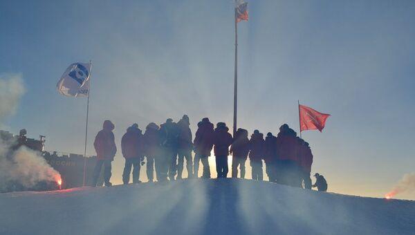 Дрейфующая станция Северный полюс-39. Архив