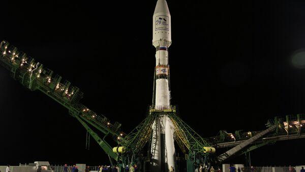 Пуск ракеты Союз-2.1а с метеоспутником MetOp-B. Архивное фото