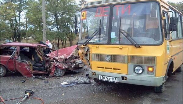 ДТП со школьным автобусом в Зерноградском районе Ростовской области