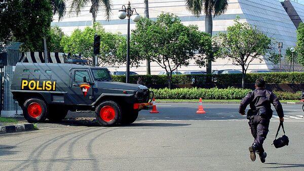 Работа полиции в Индонезии