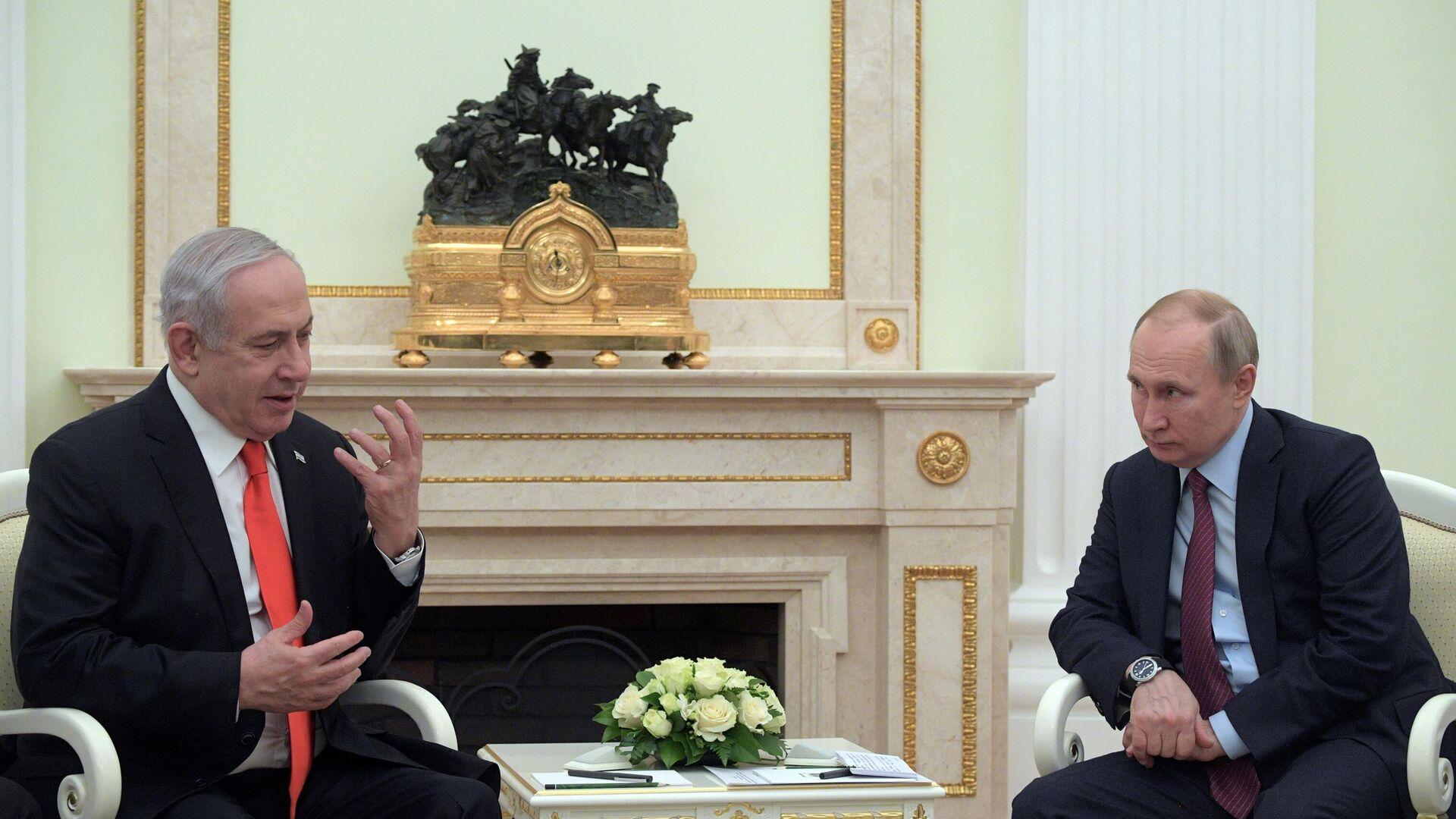 Президент РФ Владимир Путин и премьер-министр Израиля Биньямин Нетаньяху во время встречи - РИА Новости, 1920, 14.10.2021