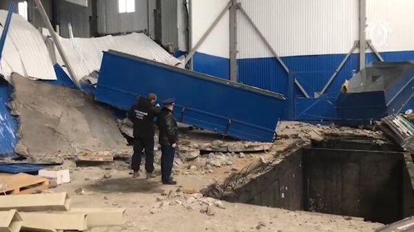 Видео с места взрыва в цехе на заводе в Мценске (Орловская область)