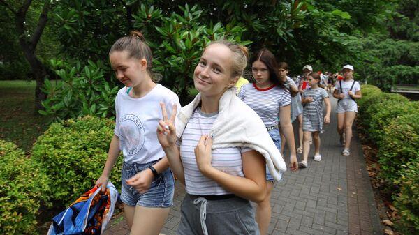 Стипендии Шпаро помогут отправиться школьникам в летние путешествия