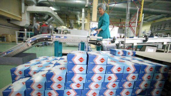 Работа сахарного завода в белорусском городе Слуцк