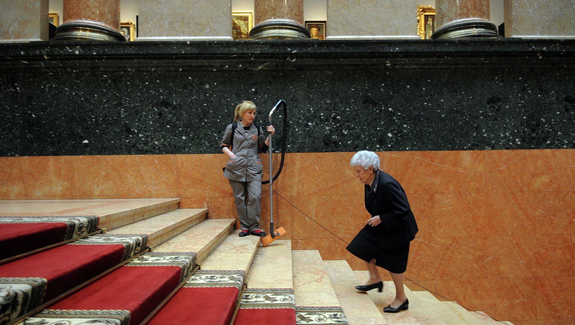 Ирина Антонова - РИА Новости, 1920, 01.07.2013