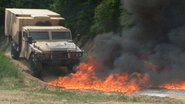 Горящий броневик и взрывающийся Тигр показали на Интерполитех-2012