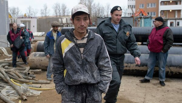 Рейд сотрудников ФМС по выявлению нелегальных мигрантов